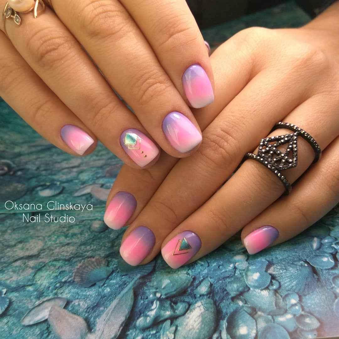 Фиолетовый френч на короткие ногти фото_9
