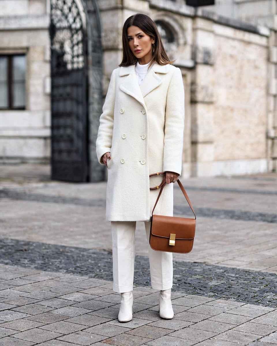 С чем носить белые сапоги фото_31