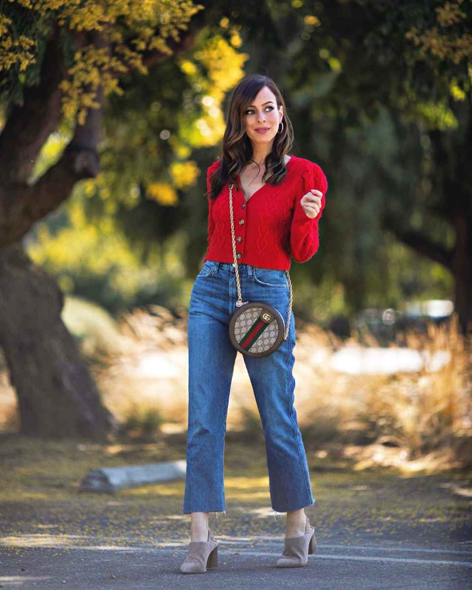 С чем носить красный кардиган фото_3