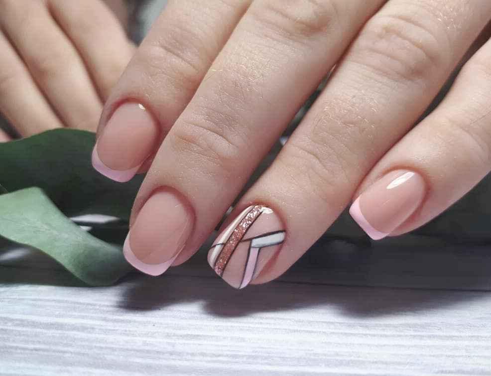 Нежно-розовый френч фото_52