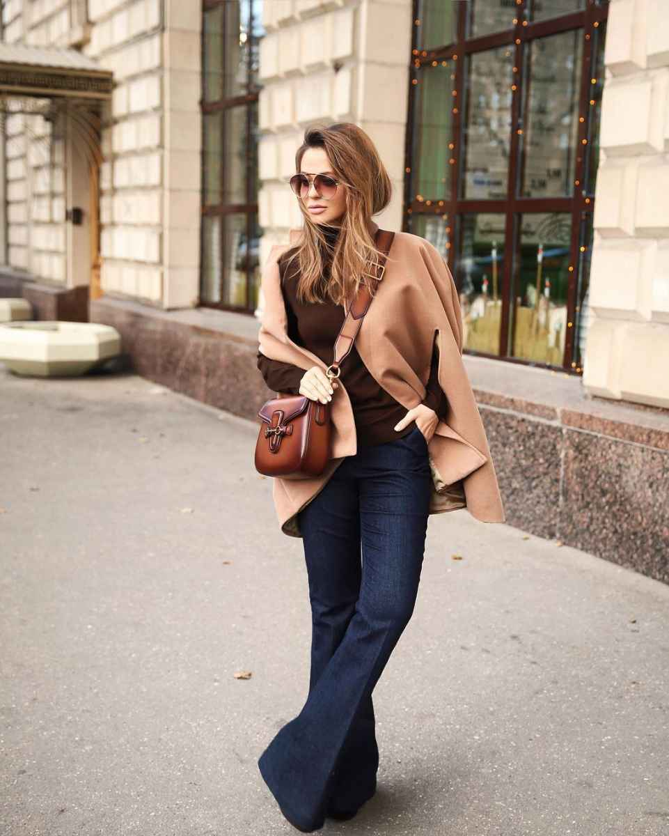 С чем носить коричневую сумку фото_4