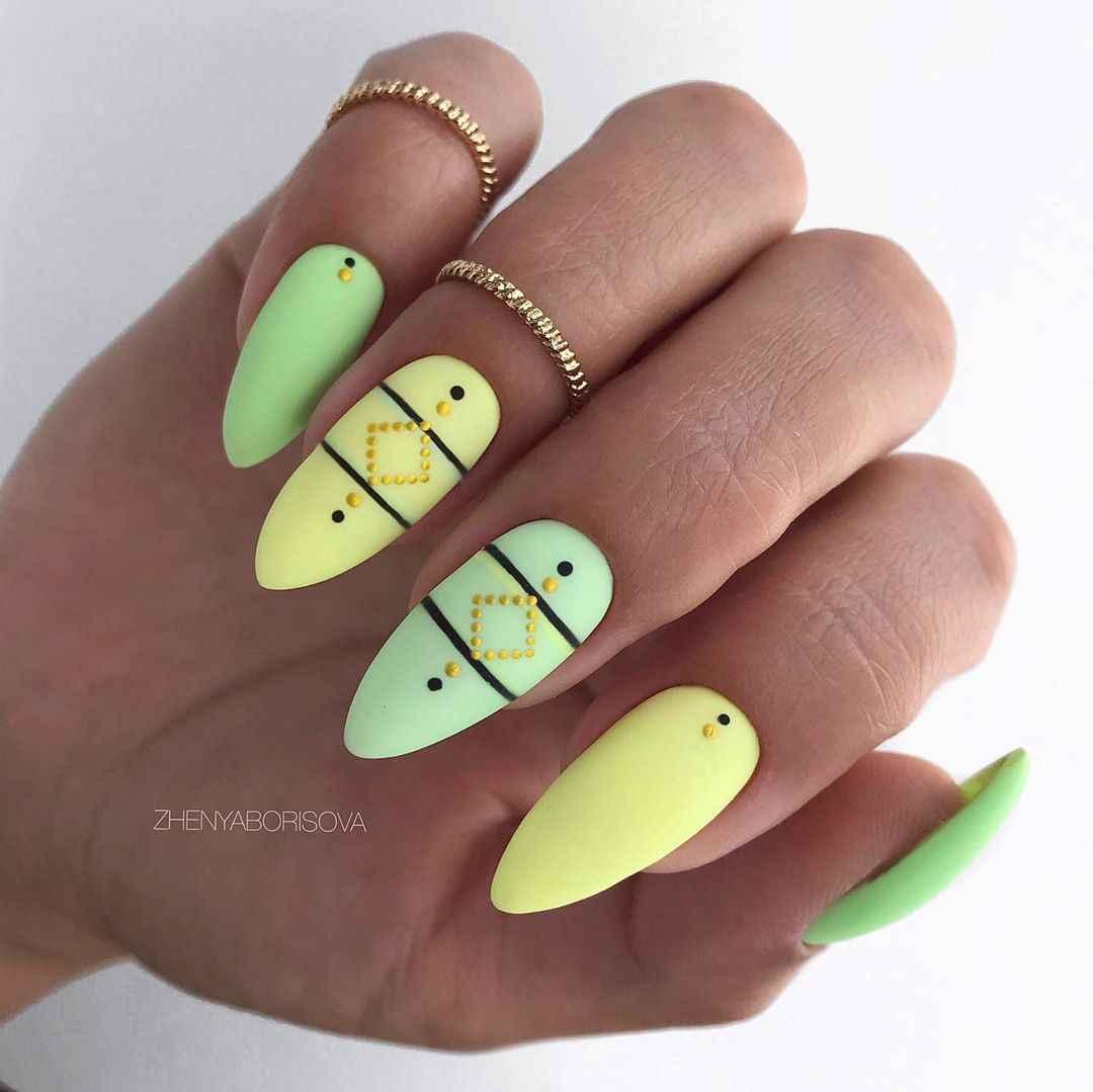 Необычный френч на ногтях фото_21