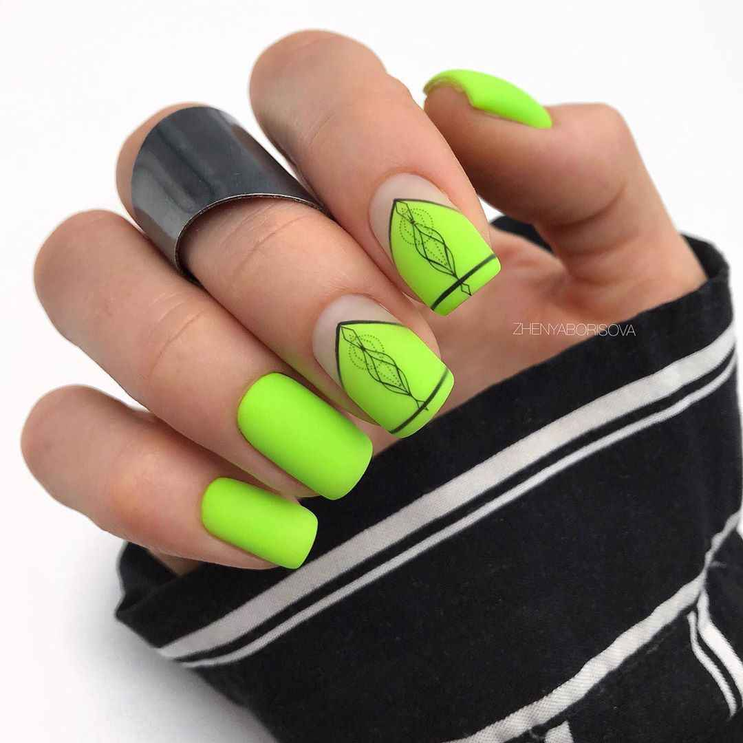 Необычный френч на ногтях фото_17