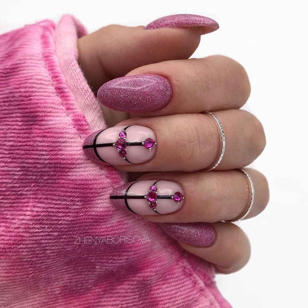 Необычный френч на ногтях фото_10