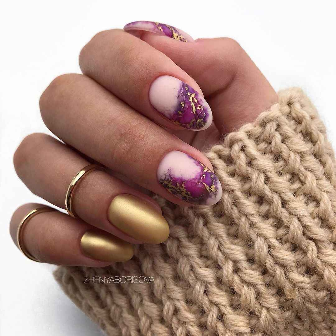 Необычный френч на ногтях фото_5