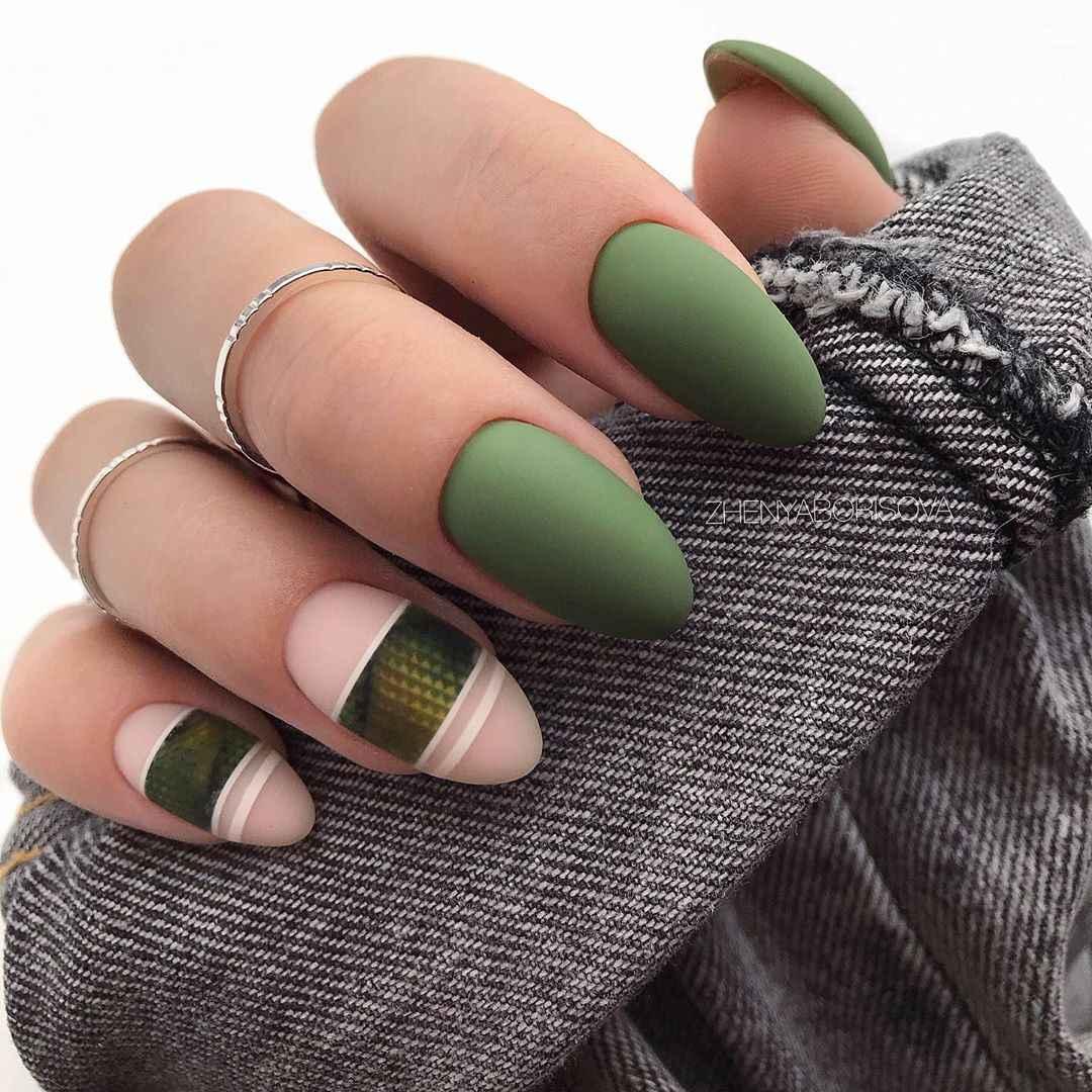 Необычный френч на ногтях фото_4