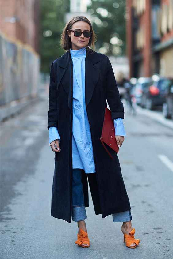 С чем носить темно-синее женское пальто фото_2