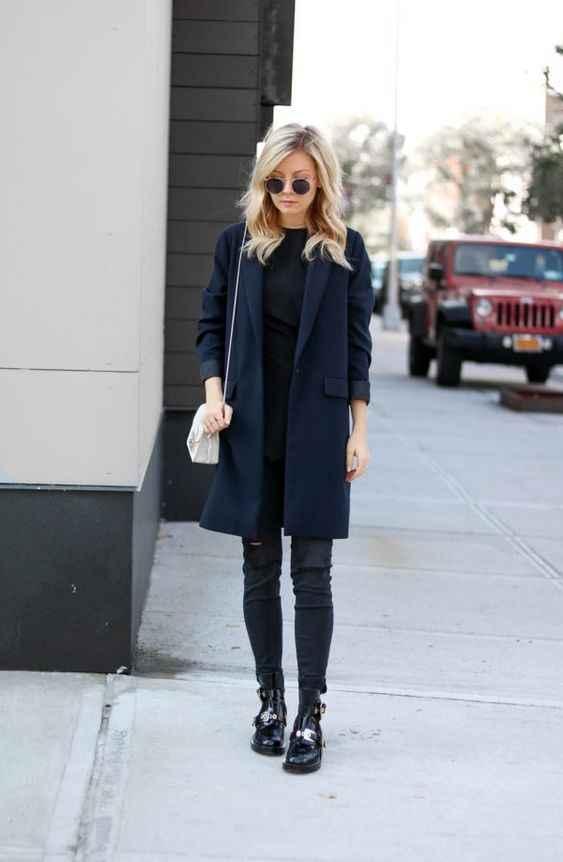 С чем носить темно-синее женское пальто фото_3