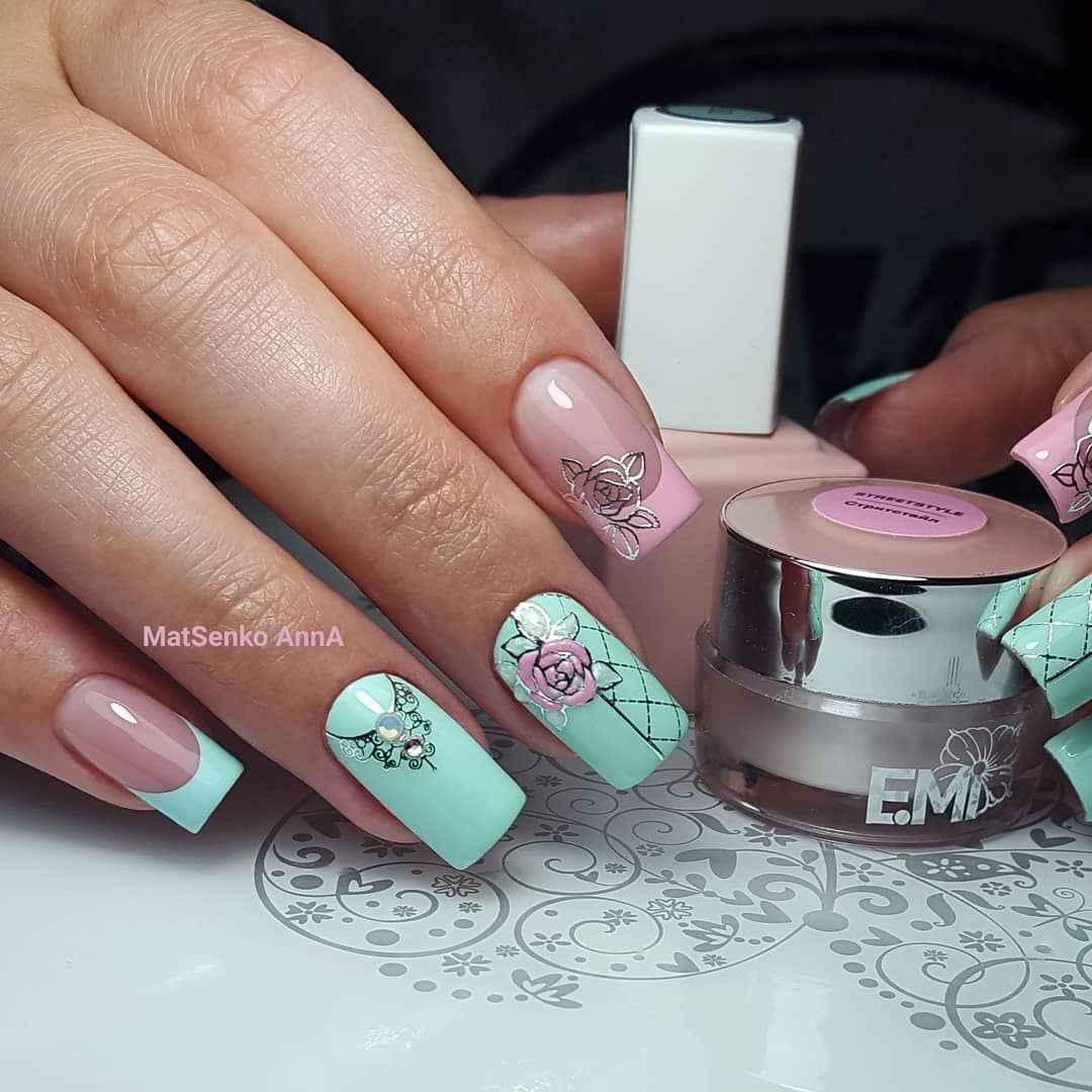 Нежно-розовый френч с рисунком фото_3