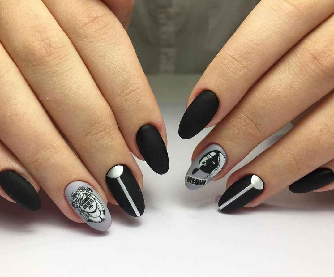 Маникюр с лицами на ногтях фото_32