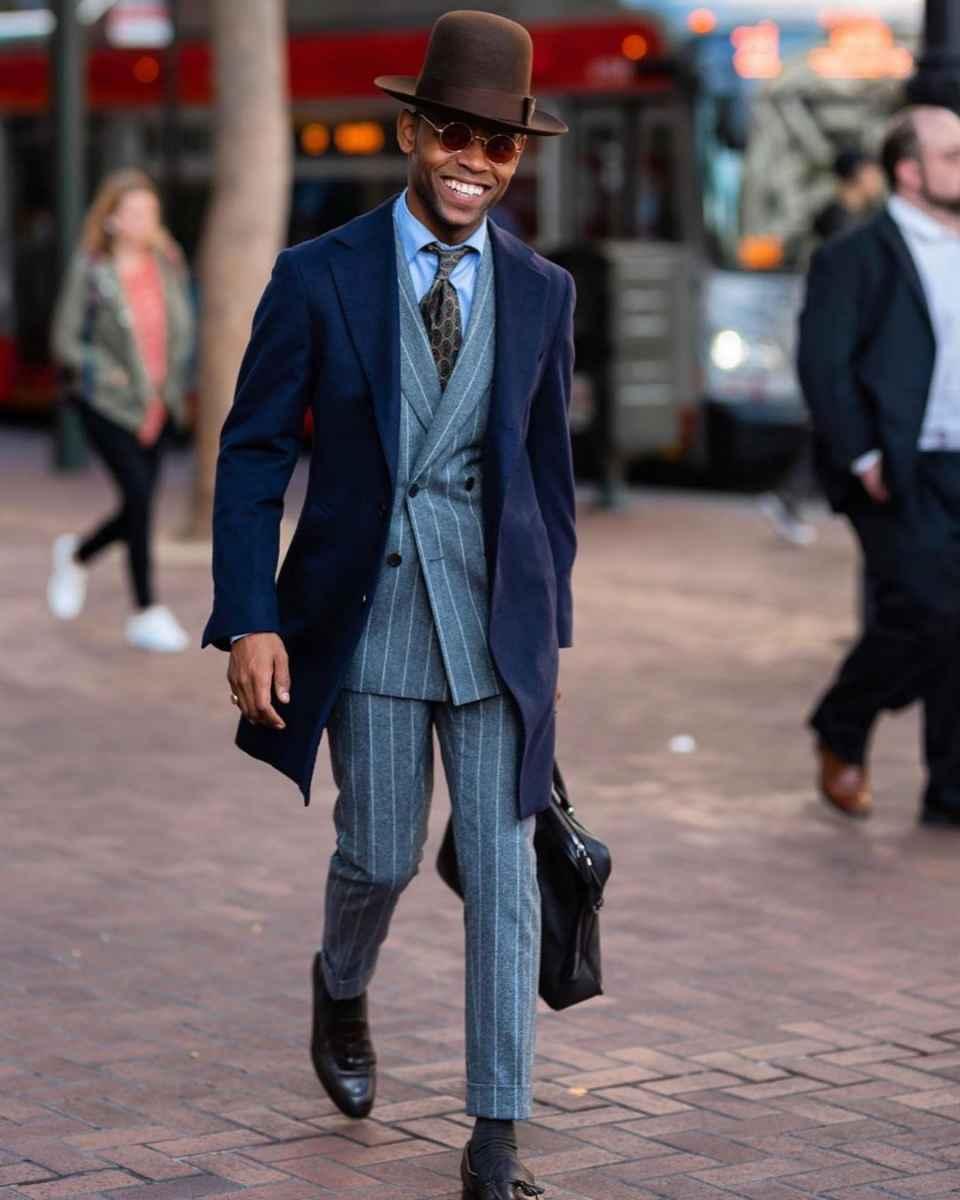 С чем носить темно-синее мужское пальто фото_4