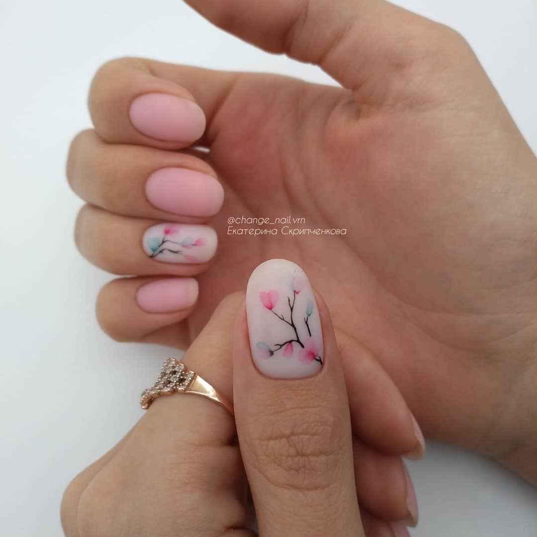 Акварельные капли на ногтях фото_57