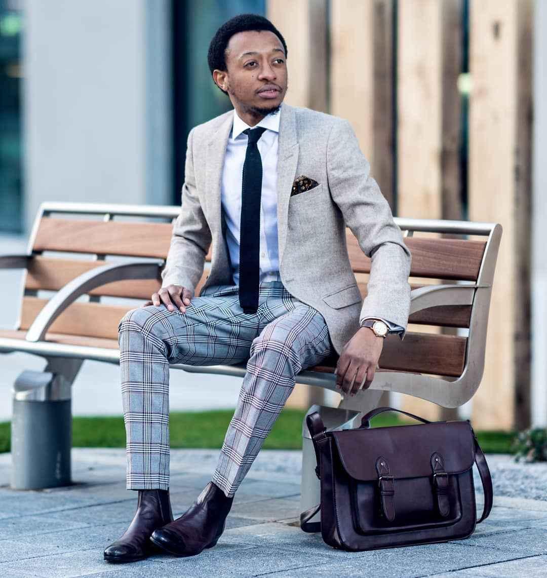 С чем носить брюки в серую клетку мужчине фото_5