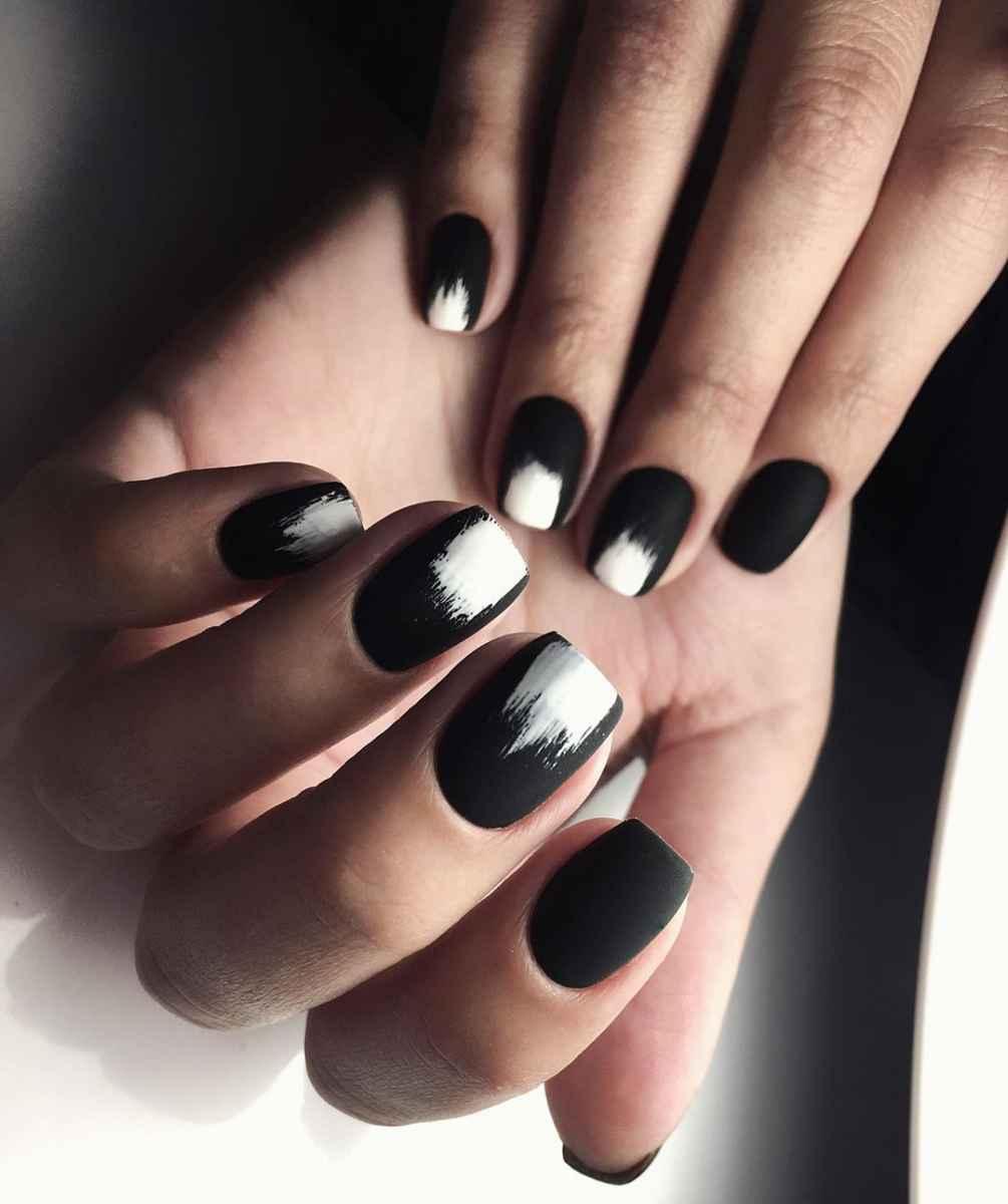 Черно-белый матовый френч фото_1