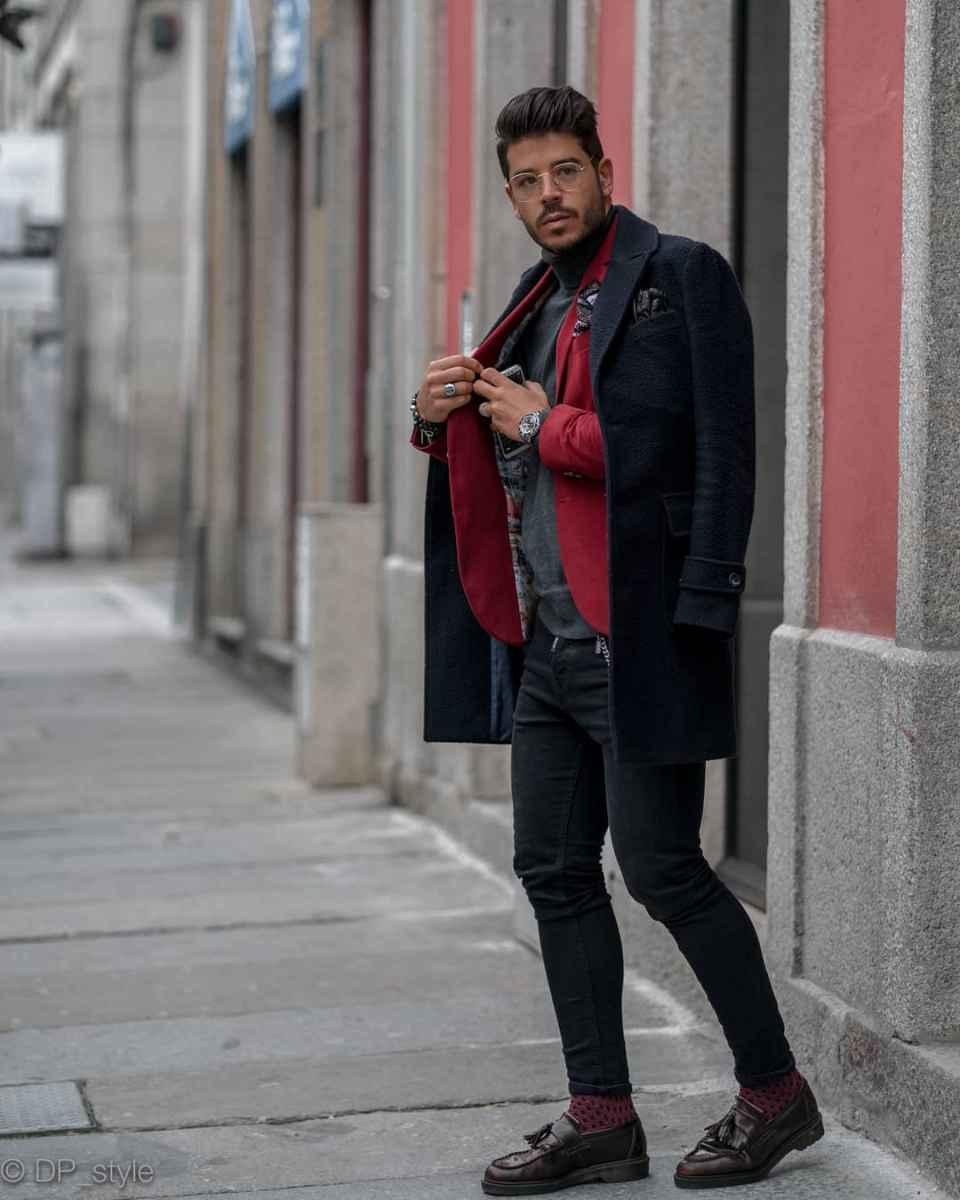 С чем носить темно-синее мужское пальто фото_15