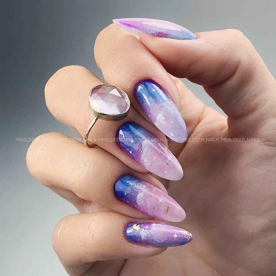 Акварельные капли на ногтях фото_17