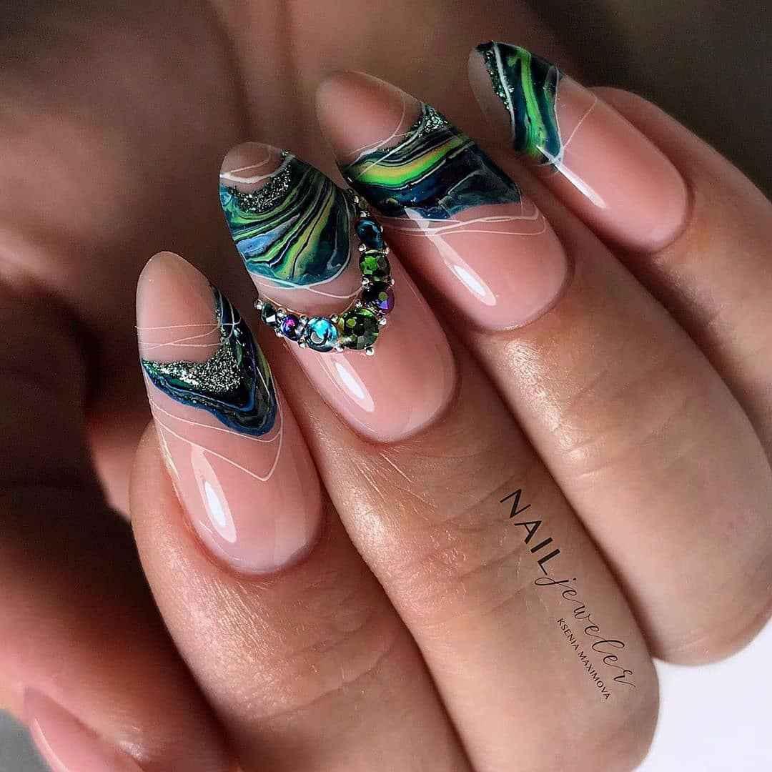 Акварельные капли на ногтях фото_16