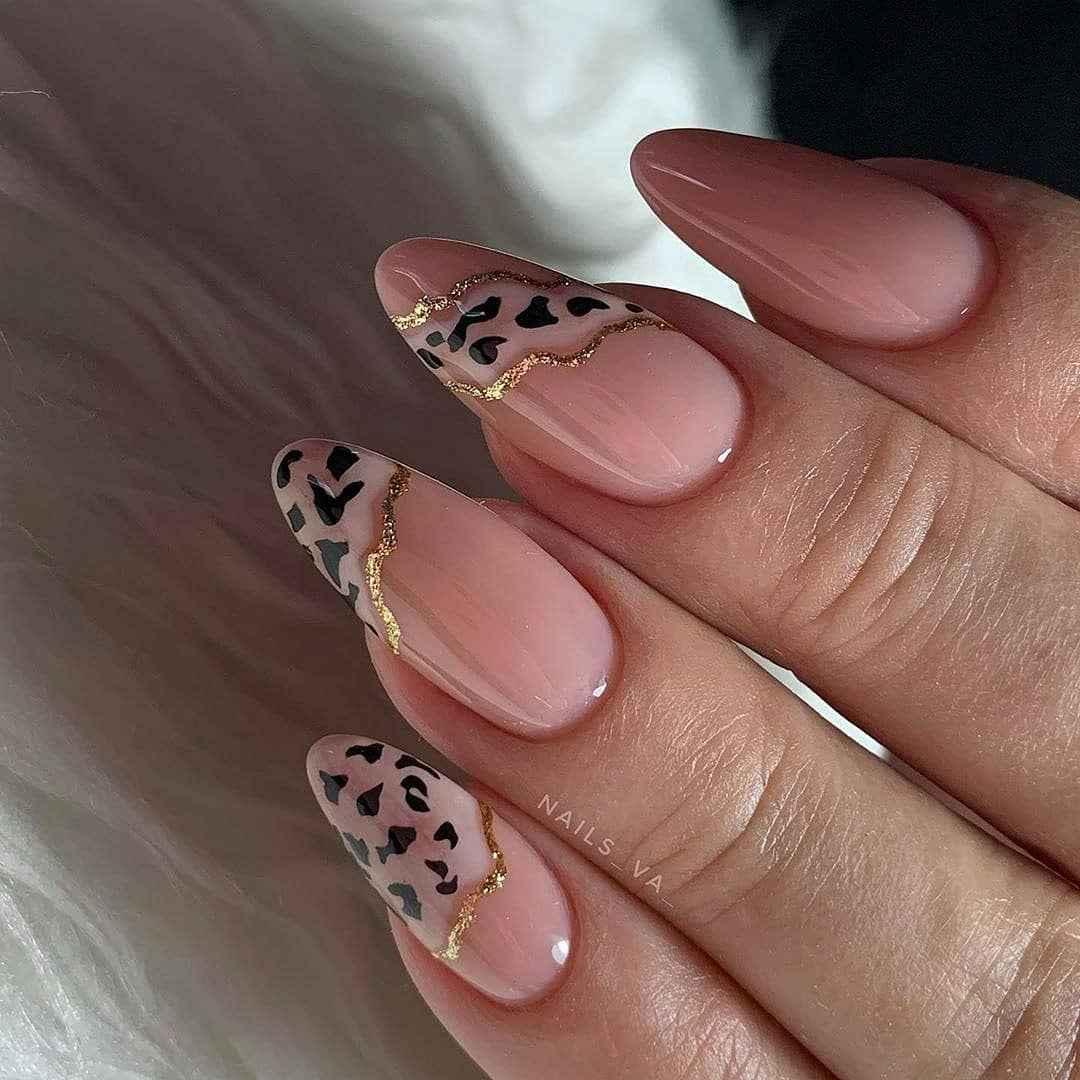 Акварельные капли на ногтях фото_15