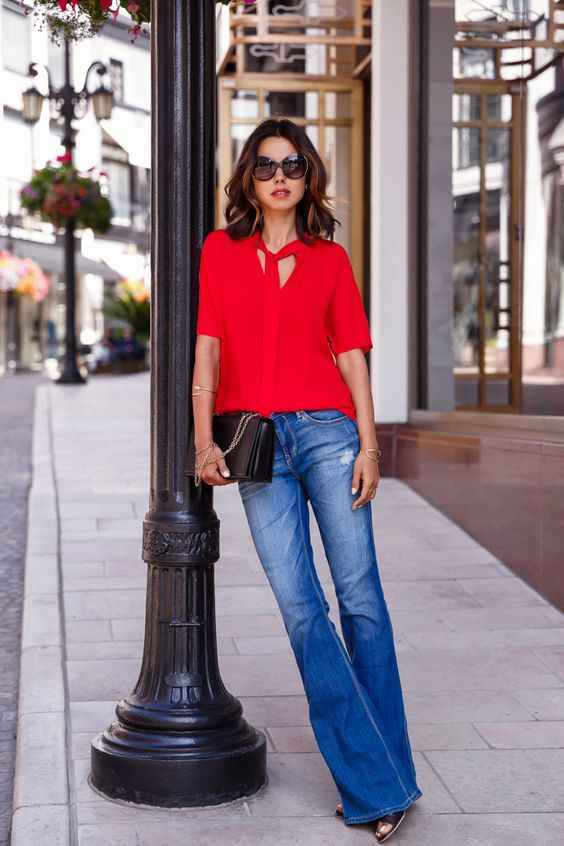 С чем носить красную рубашку фото_14