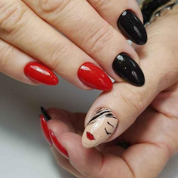 Маникюр с лицами на ногтях фото_48