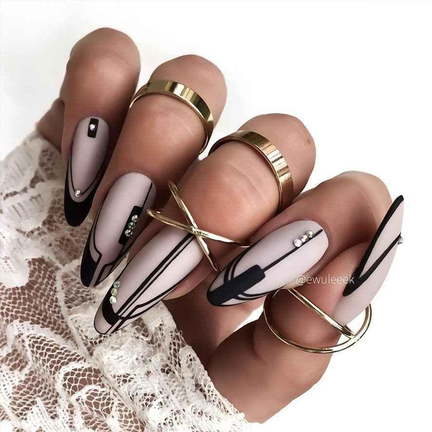 идеи зимнего дизайна ногтей 2020 фото_9