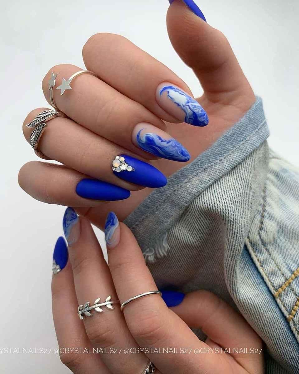Акварельные капли на ногтях фото_53