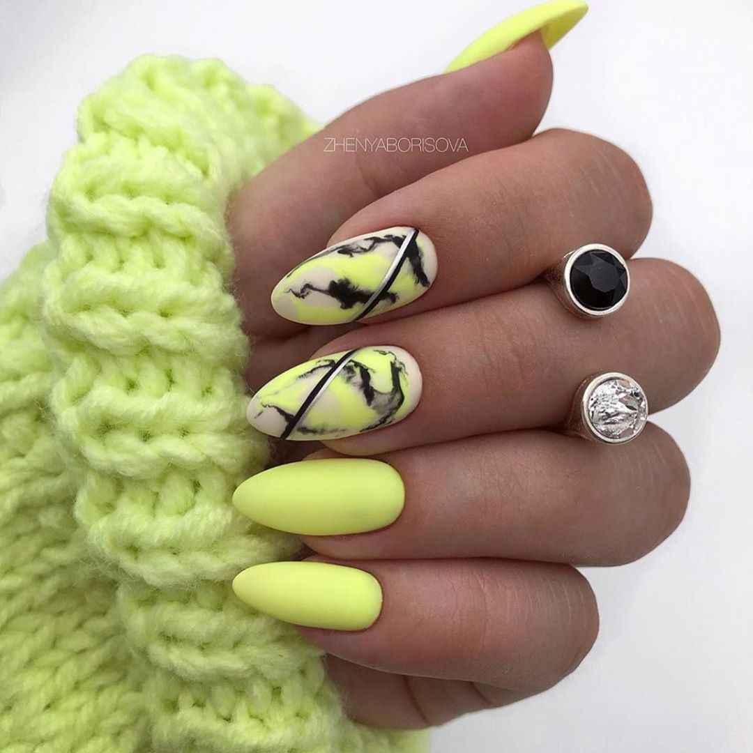 Акварельные капли на ногтях фото_34
