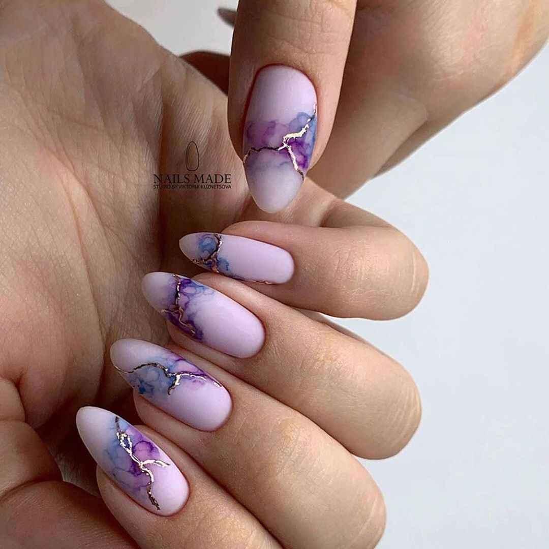 Акварельные капли на ногтях фото_24