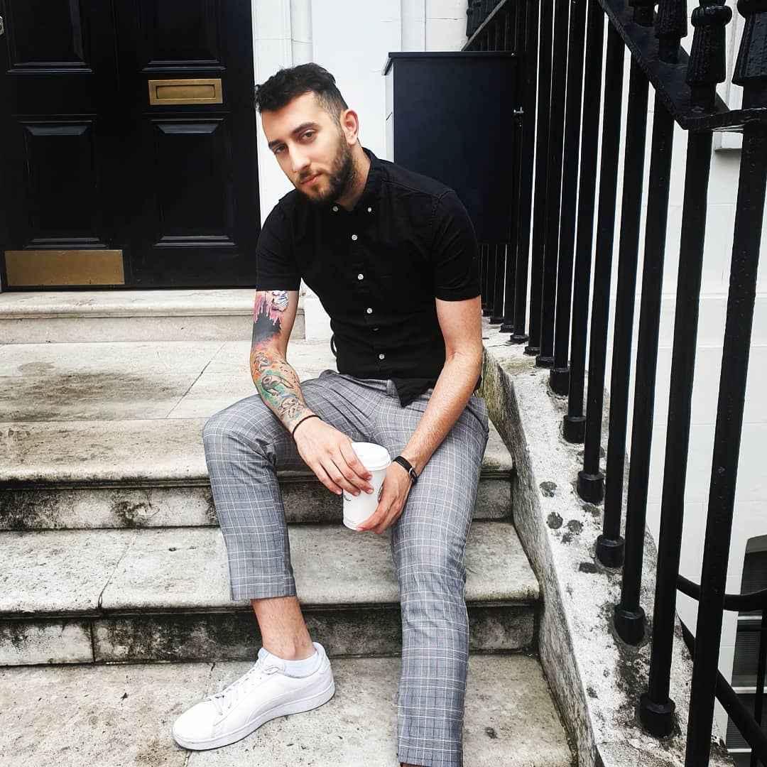 С чем носить брюки в серую клетку мужчине фото_2