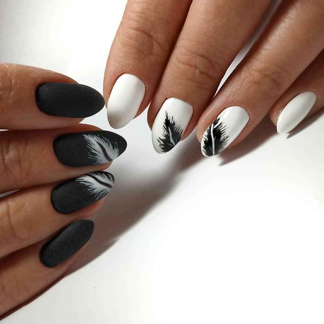 Черно-белый матовый френч фото_3