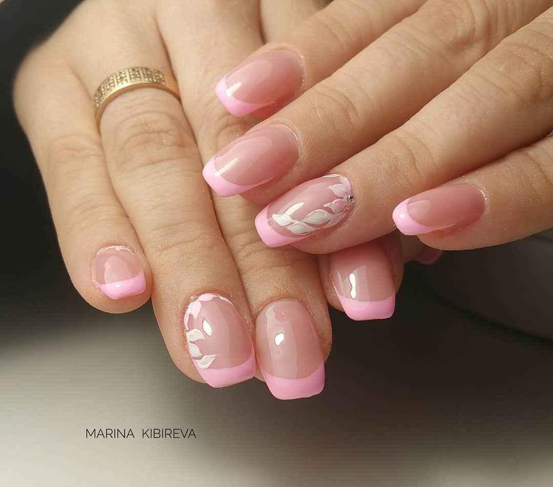 Красивый розовый френч с рисунком фото_2