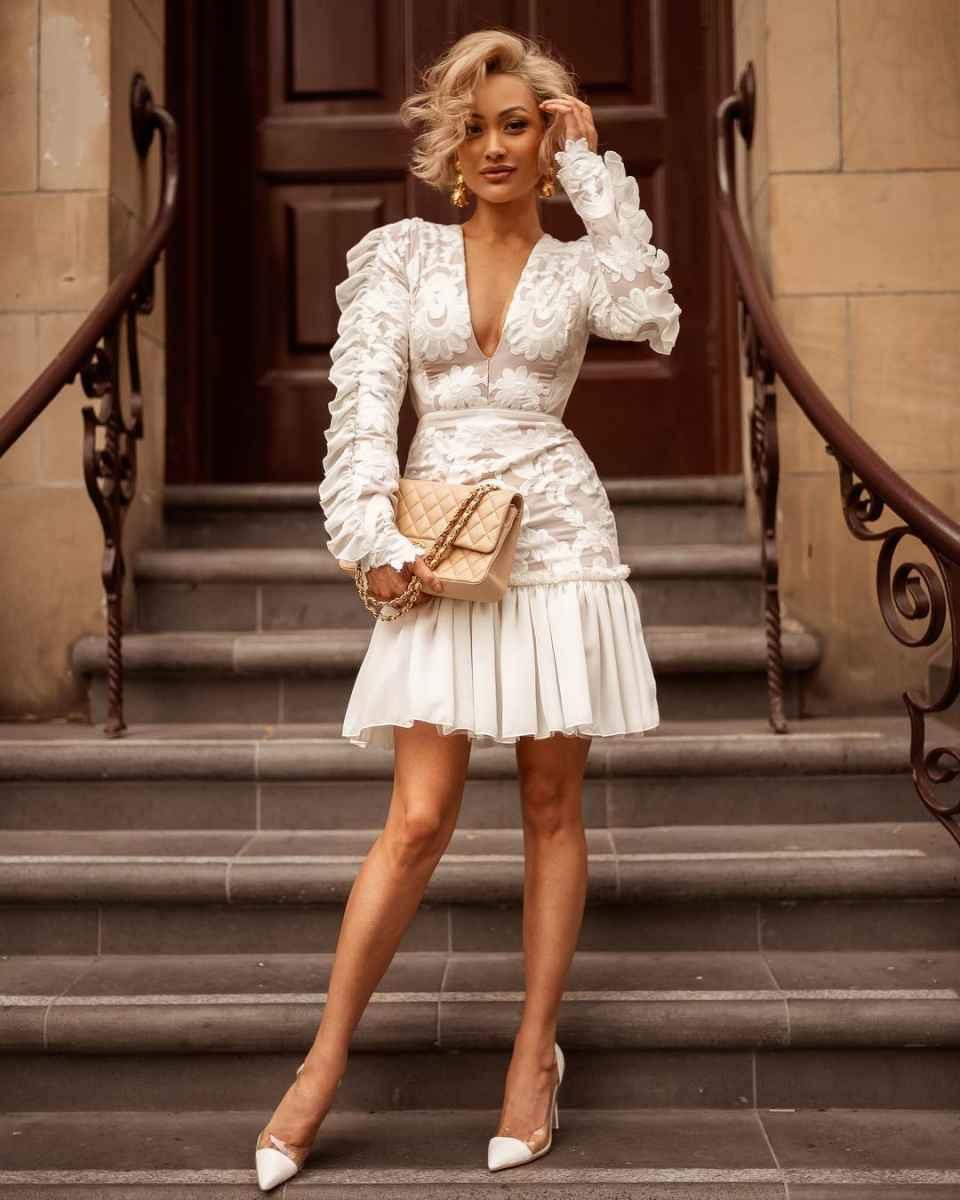 Красивые белые новогодние платья 2020 фото_14