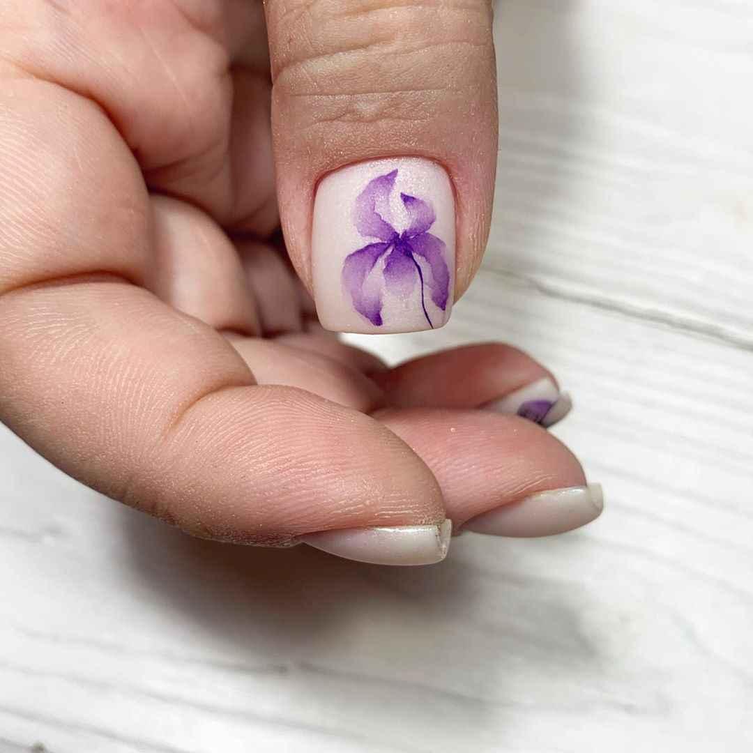 Акварельные капли на ногтях фото_48