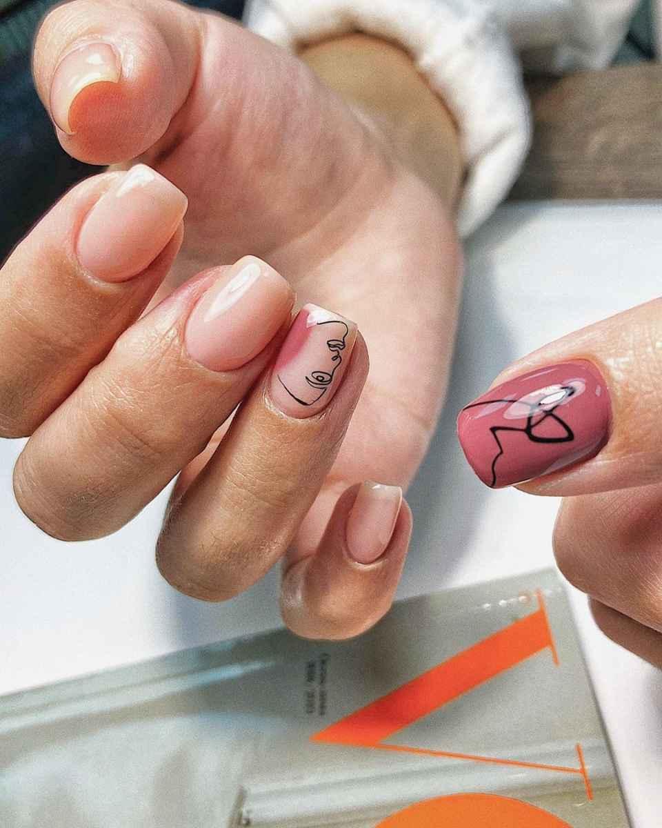 Маникюр с лицами на ногтях фото_4