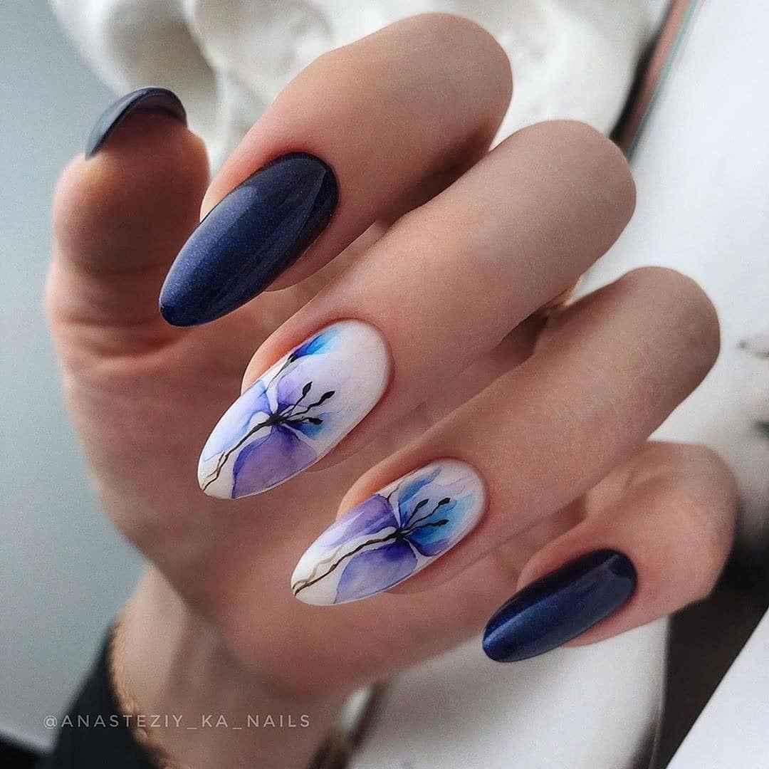 Акварельные капли на ногтях фото_46