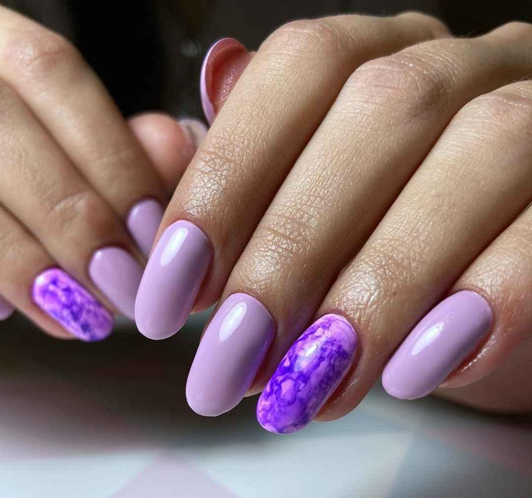 Акварельные капли на ногтях фото_64
