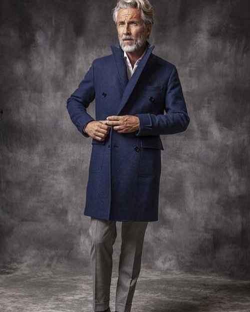 С чем носить темно-синее мужское пальто фото_1
