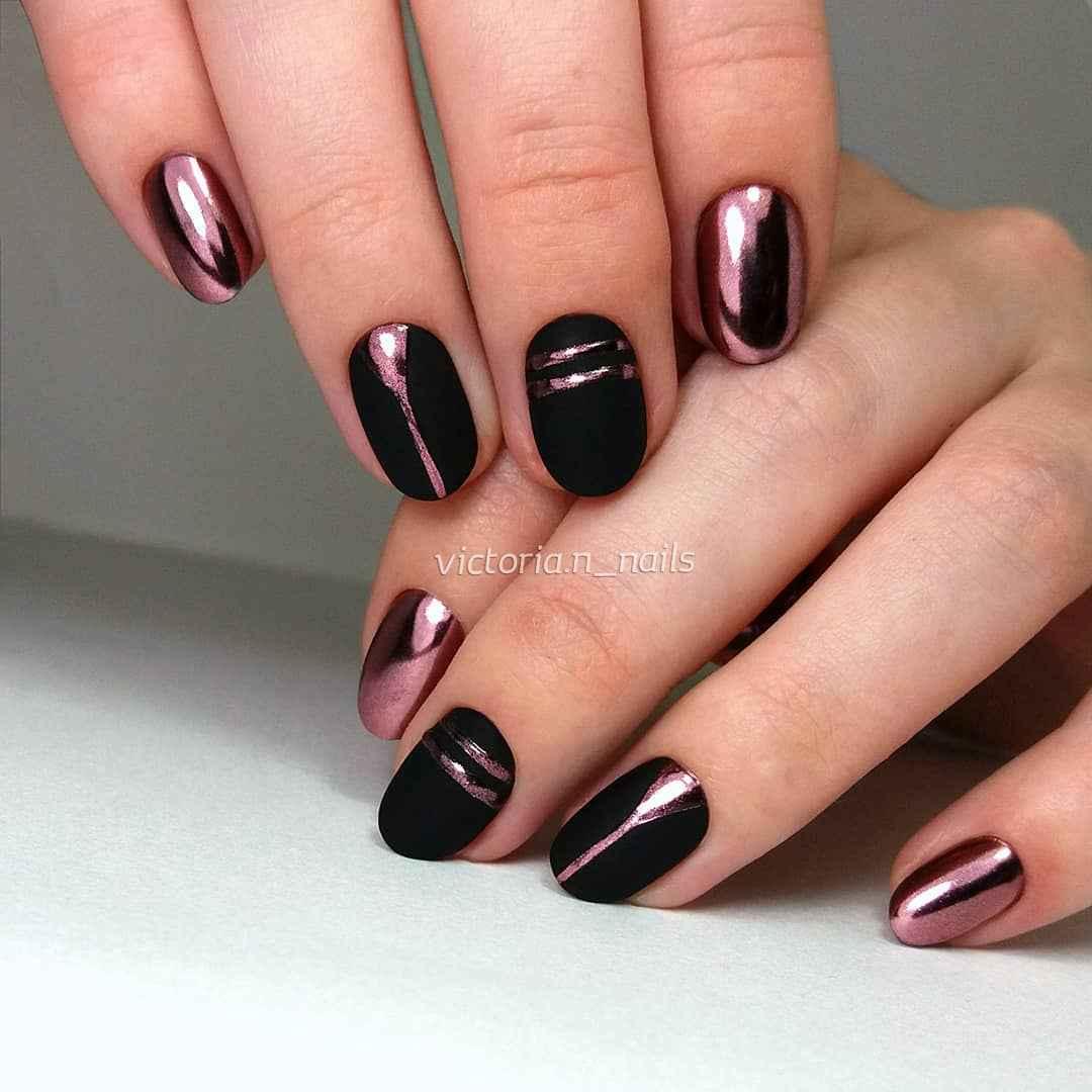 Черный матовый френч на миндалевидных ногтях фото_13