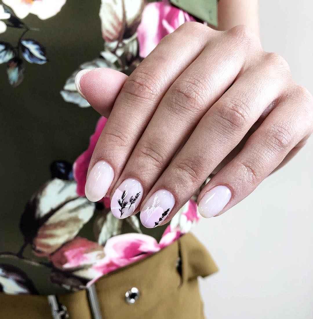 Красивый розовый френч с рисунком фото_1