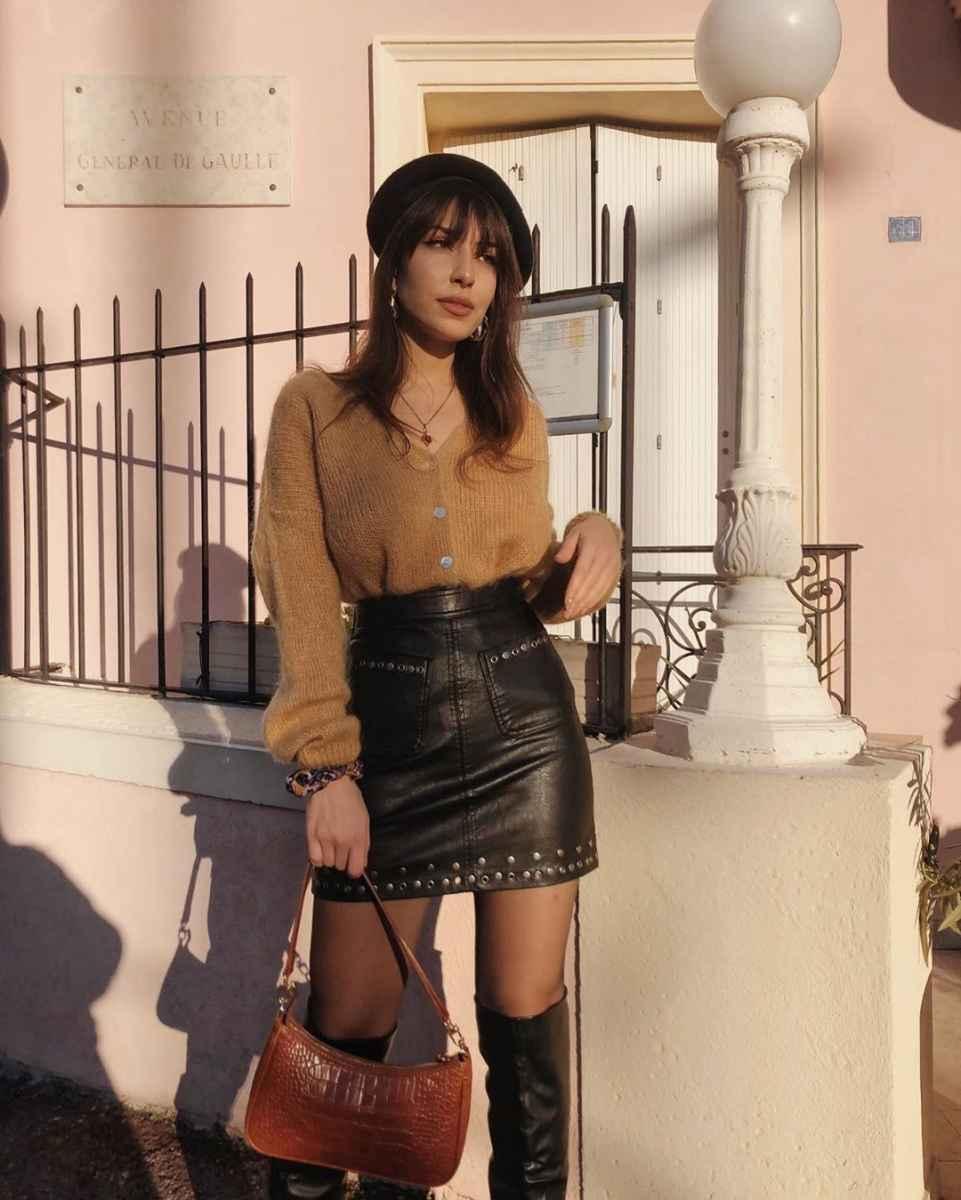 С чем носить кожаную юбку зимой фото_43