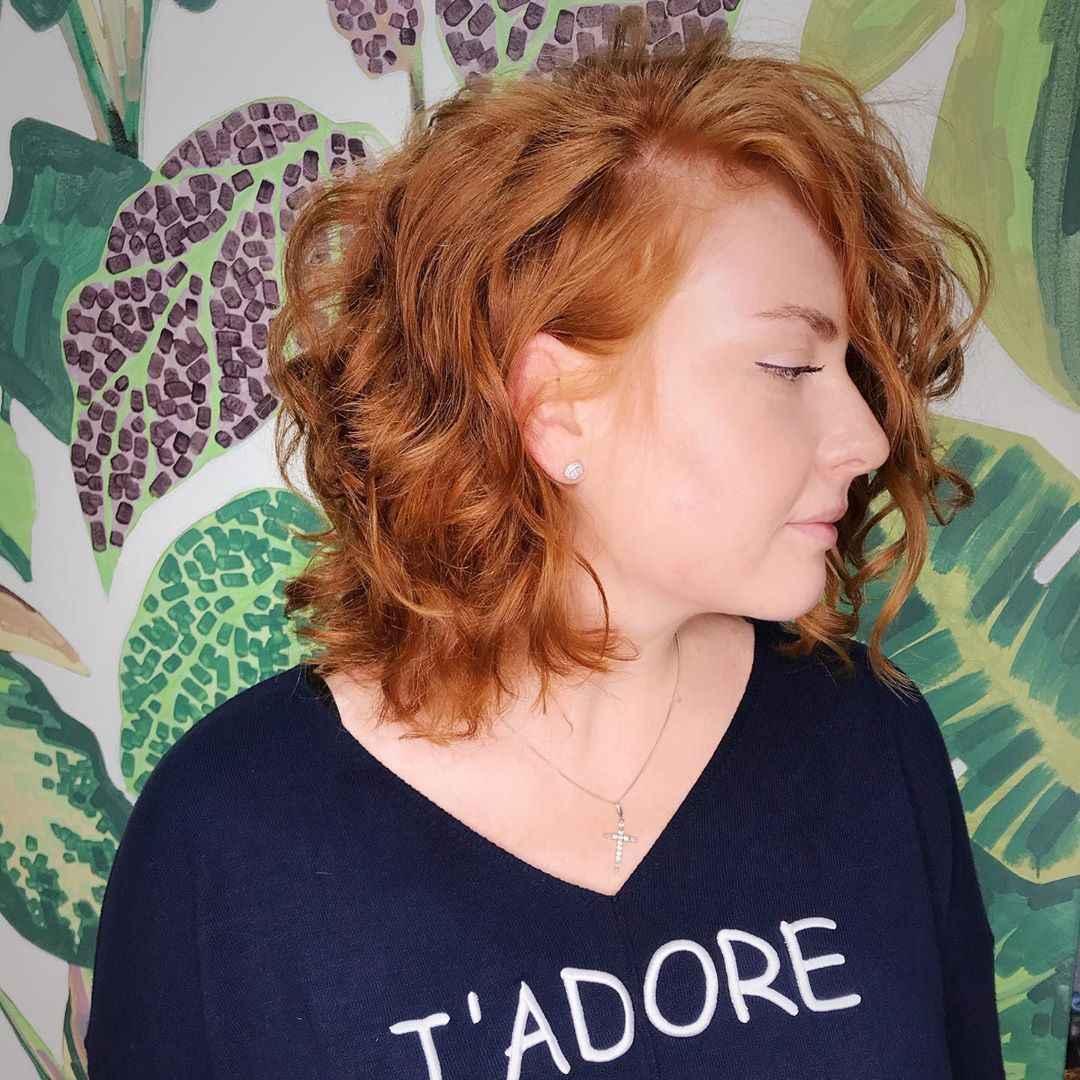 Стрижка каре на вьющиеся волосы 2020 фото_10