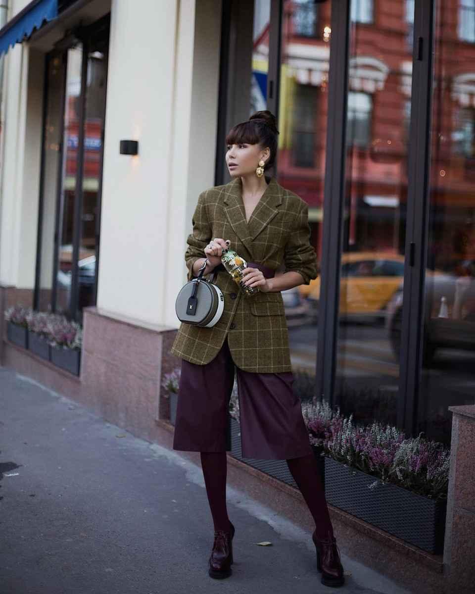 Как одеться на 8 марта женщине на работу фото_45