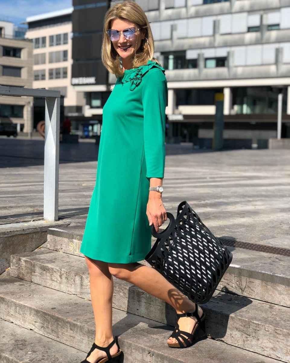 Как одеться на корпоратив женщине 40-50 лет фото_15