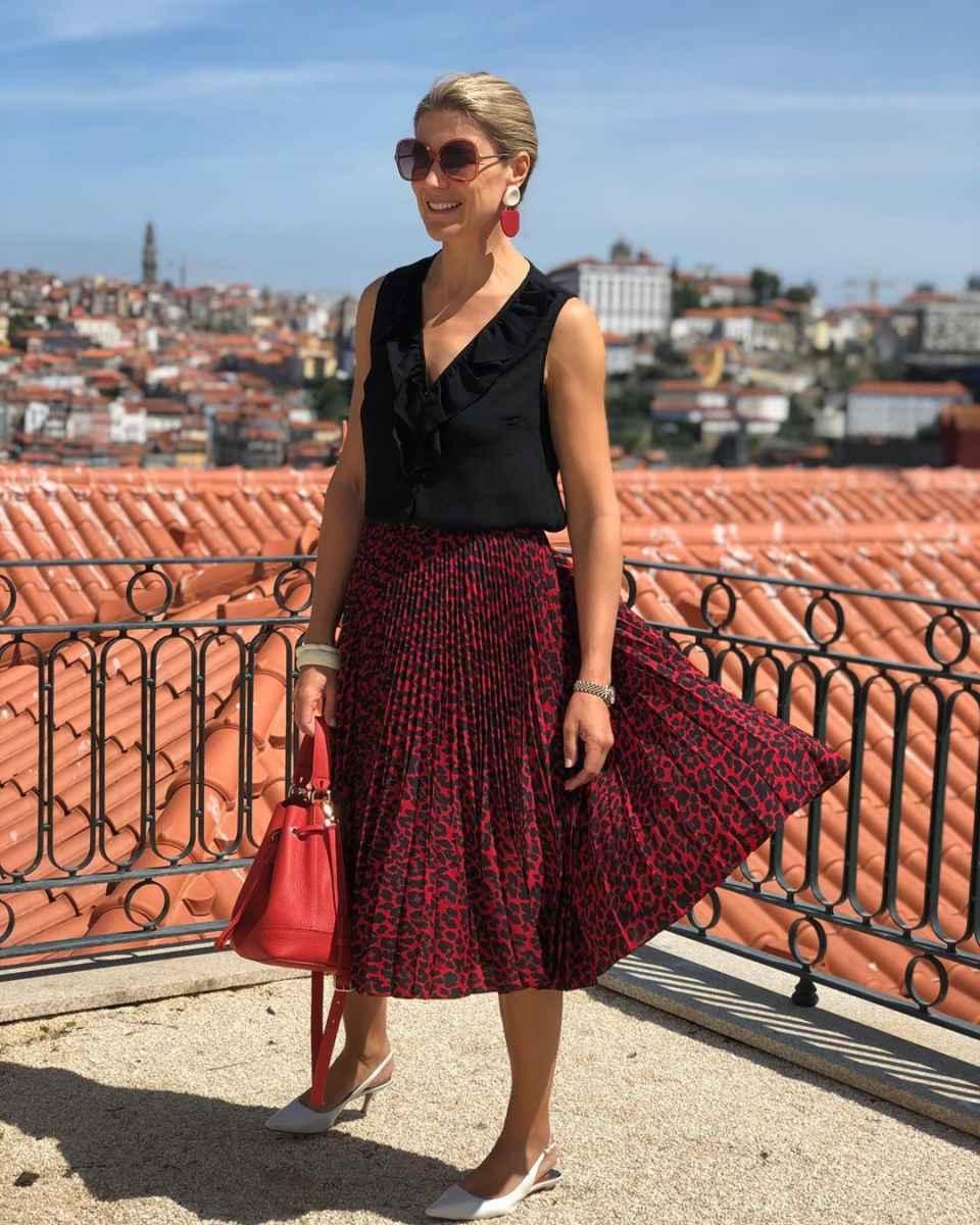Как одеться на корпоратив женщине 40-50 лет фото_12