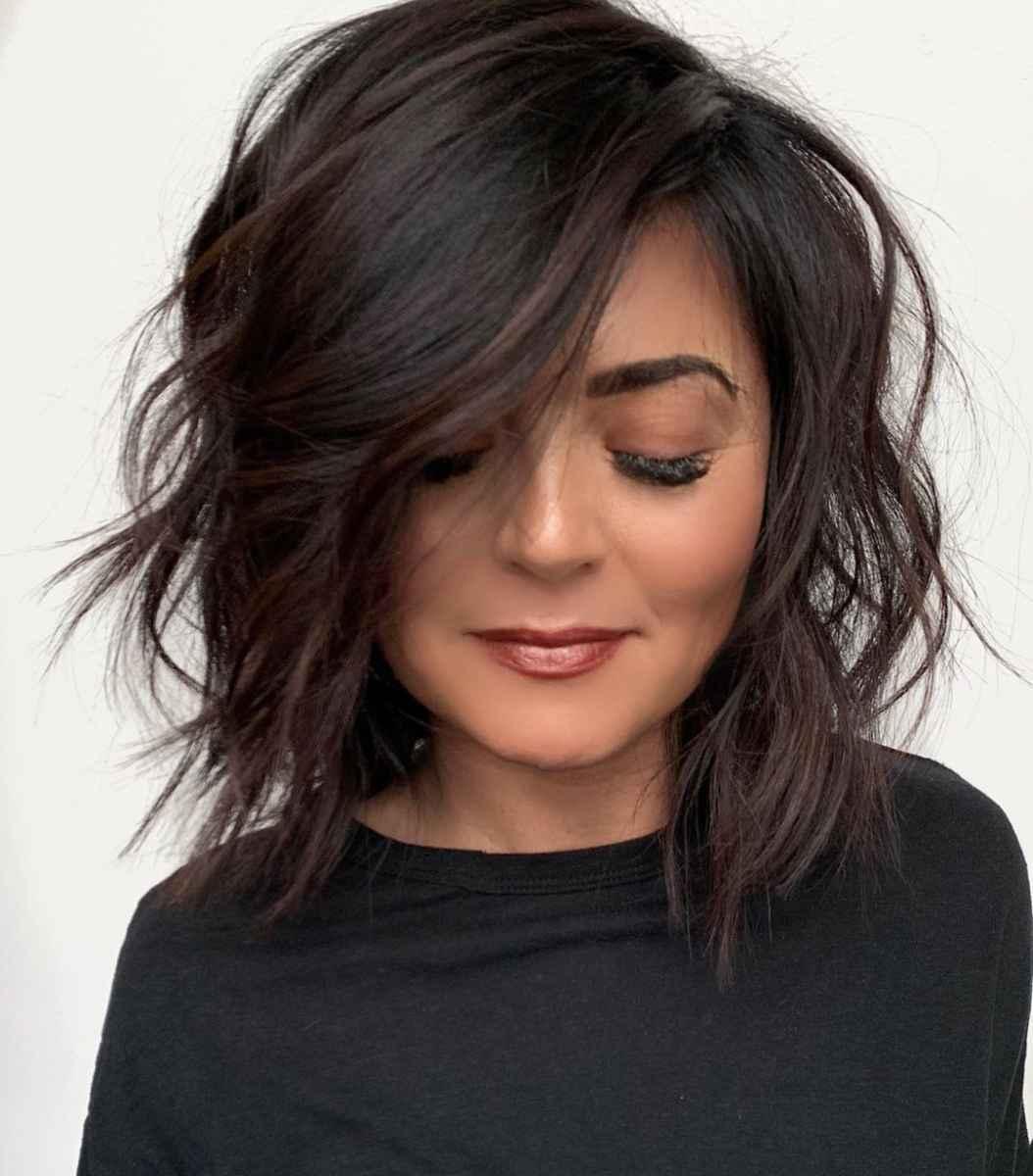 Стрижка каре на вьющиеся волосы 2020 фото_32