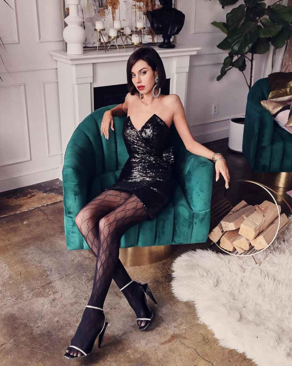Модные женские образы на день святого Валентина 2020 фото_30