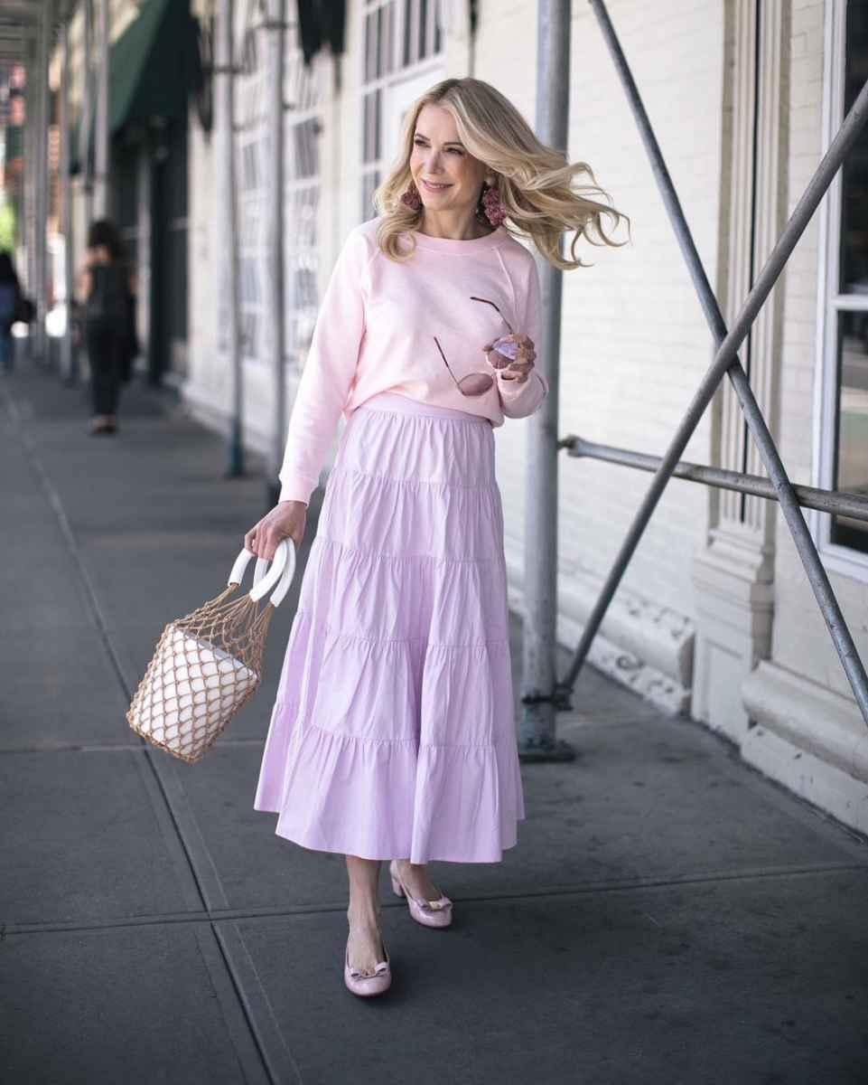 Модные образы весна-лето 2020 для женщин 30-35 лет фото_60