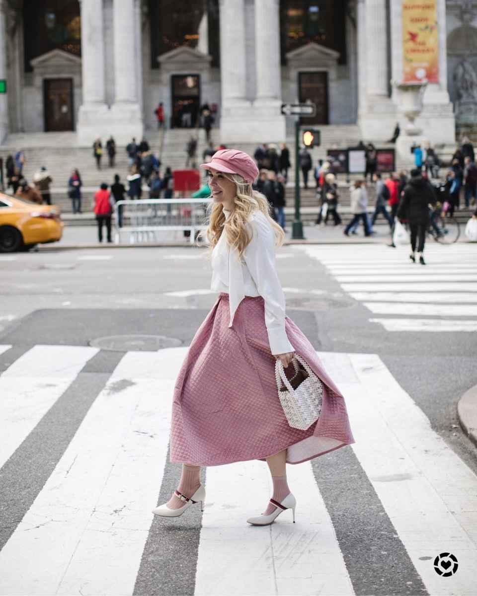 Модные образы весна-лето 2020 для женщин 30-35 лет фото_41