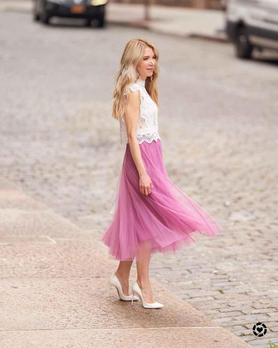 Модные образы весна-лето 2020 для женщин 30-35 лет фото_23