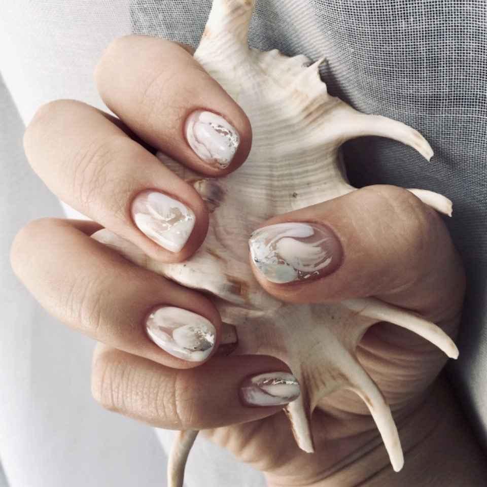 Фантазийные текстуры на ногтях фото_11
